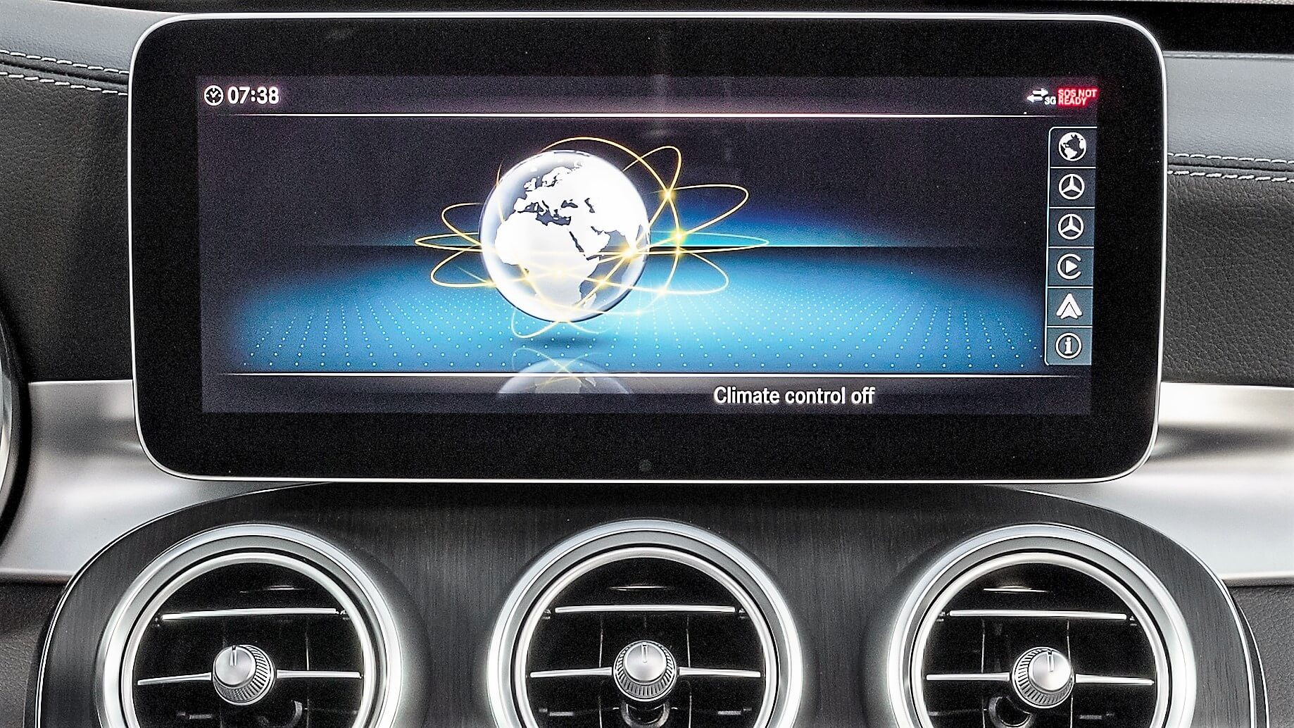 Mercedes widescreen navigation